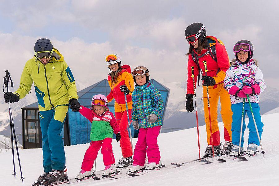 Skiurlaub mit der Familie oder Freunden